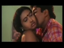 Hot Romantic Kiss Scenes